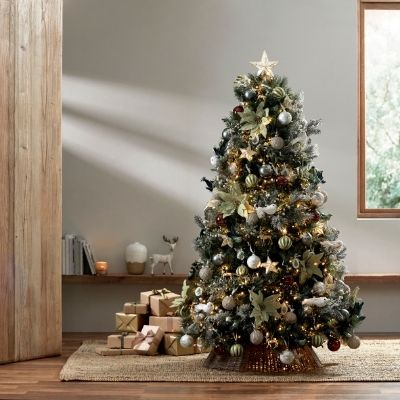 decorate-a-bbnt-christmas-tree-1