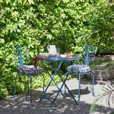 vibrant-outdoor-oasis-5