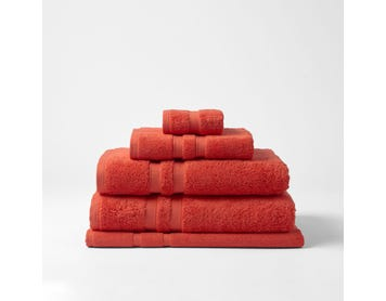 https://s3-ap-southeast-2.amazonaws.com/fusionfactory.commerceconnect.bbnt.production/pim_media/000/120/956/CH-Egyptian-Luxury-Towels-Coral-Red-189042-R.jpg?1620604614