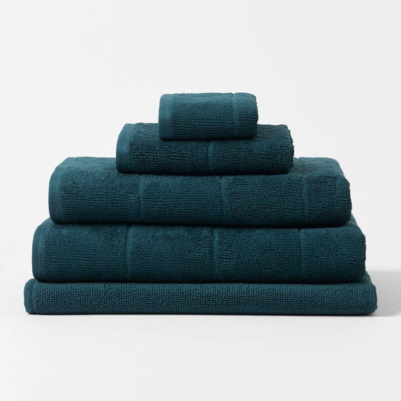 https://s3-ap-southeast-2.amazonaws.com/fusionfactory.commerceconnect.bbnt.production/pim_media/000/113/861/CH-Tasman-Towels-Deep-Teal-214526-R.jpg?1617837359