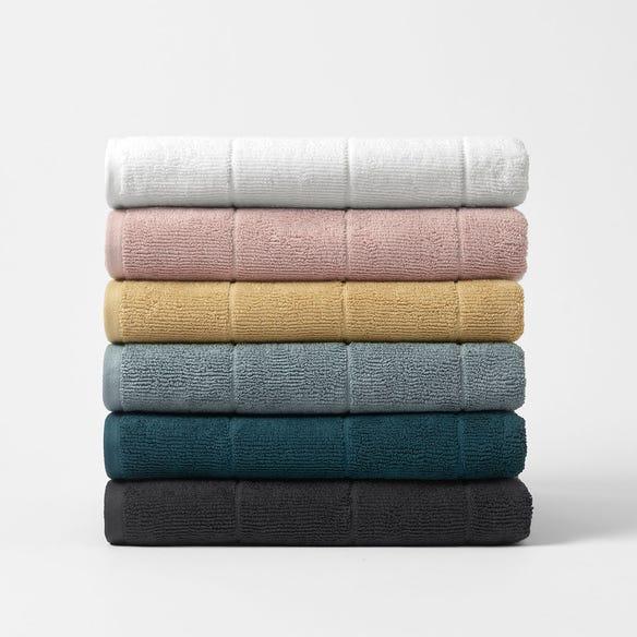 https://s3-ap-southeast-2.amazonaws.com/fusionfactory.commerceconnect.bbnt.production/pim_media/000/113/970/CH-Tasman-Towels-W21-214526-R.jpg?1617841288