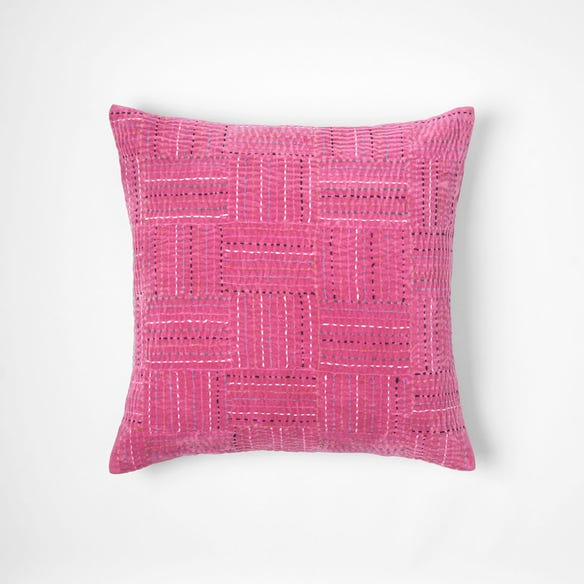 https://s3-ap-southeast-2.amazonaws.com/fusionfactory.commerceconnect.bbnt.production/pim_media/000/058/834/M_F-Amer-Kantha-Cushion-Fuchsia-50x50cm-20980602.jpg?1588558653