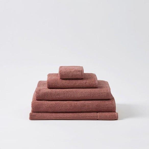 https://s3-ap-southeast-2.amazonaws.com/fusionfactory.commerceconnect.bbnt.production/pim_media/000/059/280/M_F-Boston-Towels-Dusty-Clay-146662-R.jpg?1589240224