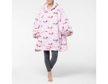 https://s3-ap-southeast-2.amazonaws.com/fusionfactory.commerceconnect.bbnt.production/pim_media/000/108/370/M_F-Hooded-Sherpa-Dachsie-Blush-21402901-Front.jpg?1615872480