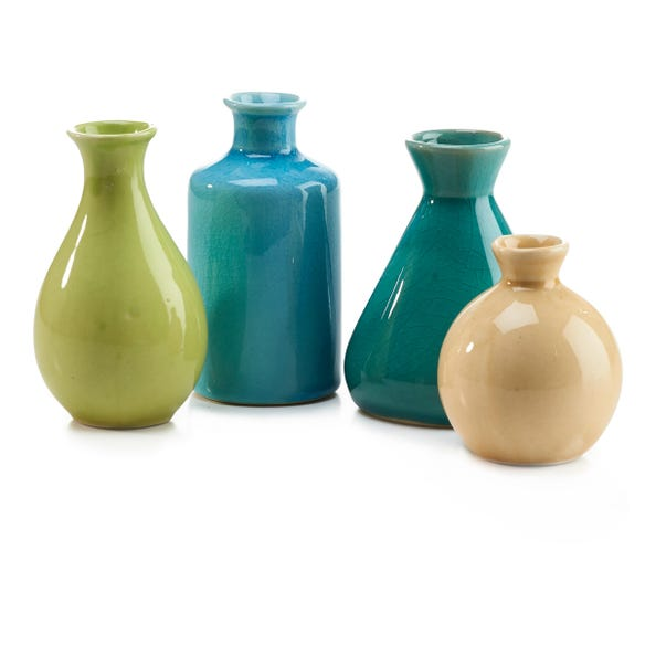 https://s3-ap-southeast-2.amazonaws.com/fusionfactory.commerceconnect.bbnt.production/pim_media/000/014/891/decorator-accessories-m_f-gloss-bud-vase-green-176737-r_2.jpg?1563425545