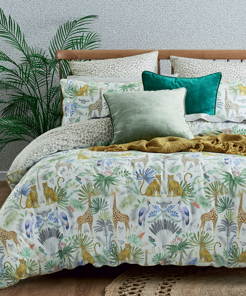 decorate-with-animal-print