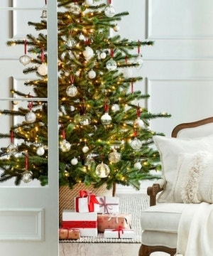 DECORATING WITH OUR 3 CHRISTMAS THEMES