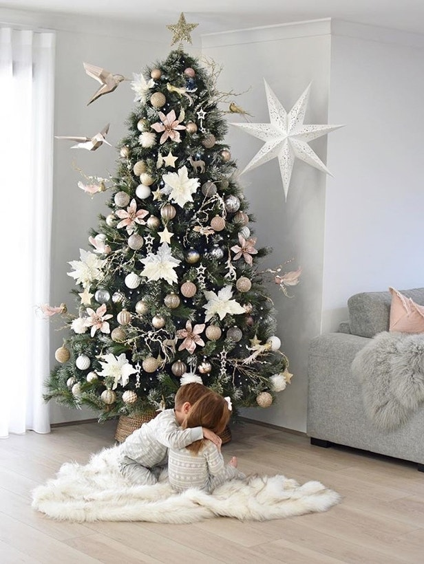 Christmas Styling Inspo: 3 Ways to Decorate a Tree Image