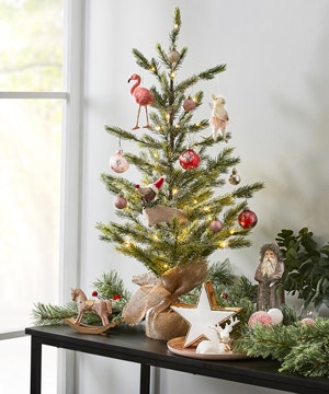 decorate-small-space-christmas