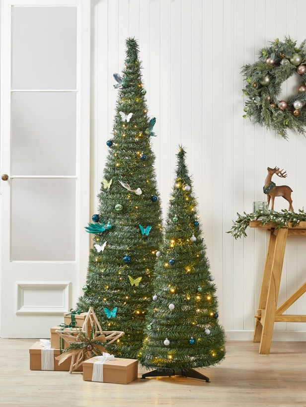 How to Decorate Your Pop-Up Tree Image 01