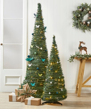 decorate-your-pop-up-tree
