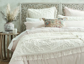 Quilt Covers, Sheets, Bedspreads & Quilts | Bed Bath N' Table