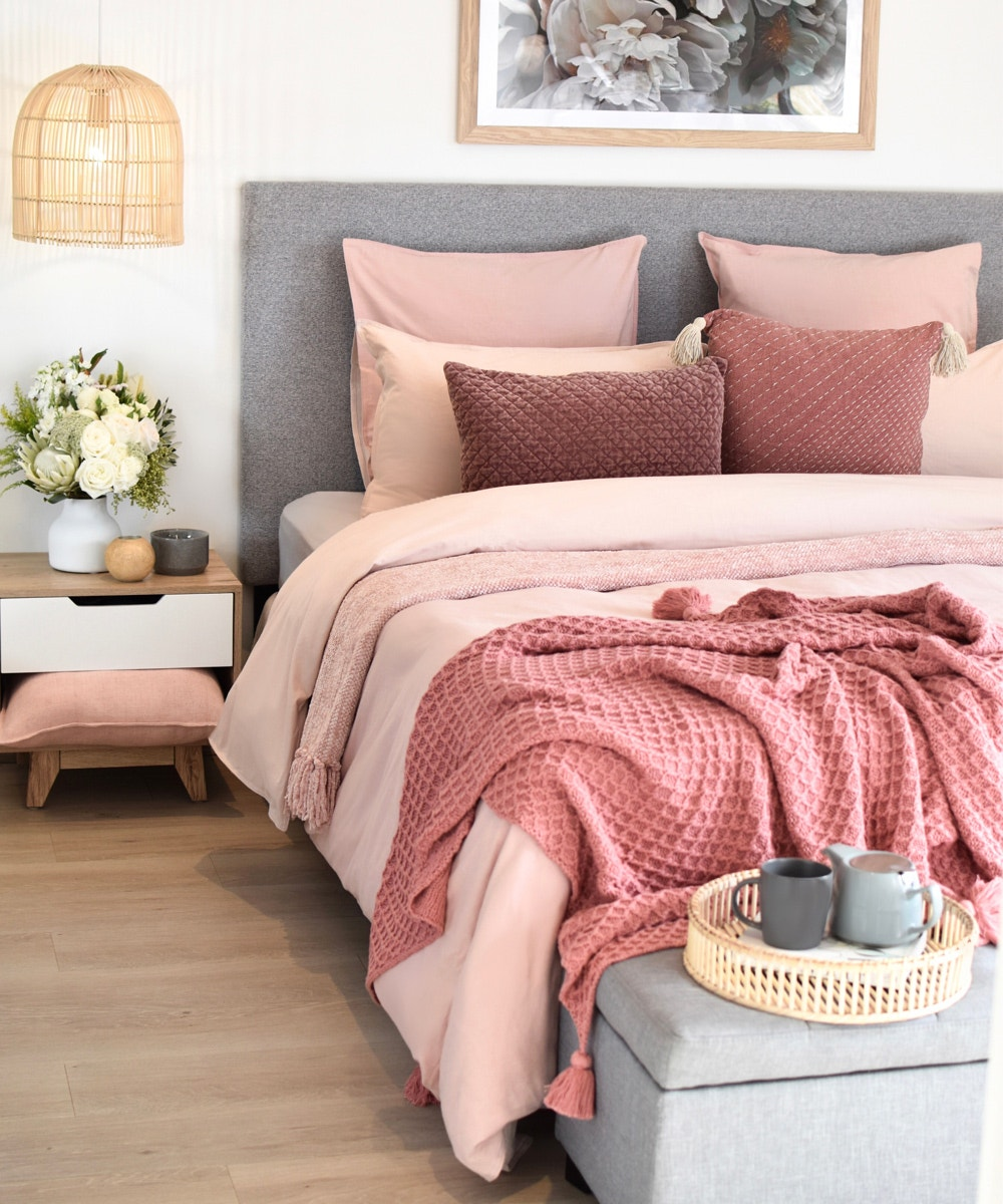 steal-their-style-winter-bedrooms